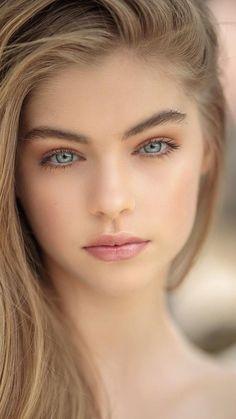 Most Beautiful Eyes, Stunning Eyes, Gorgeous Eyes, Beautiful Girl Image, Beautiful Women Tumblr, Cute Beauty, Beauty Full Girl, Beauty Women, Girl Face