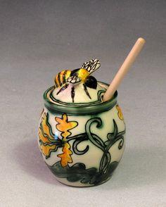 Lucky Rabbit Pottery - Yellow Honey Jar with Bee Lid  - Beautiful  work ...