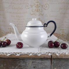 white milk jug, vintage retro, ceramics, cup ,brocante, antiques, container , jug , Vintage Kitchen Utensils, Vintage Milk Jugs,