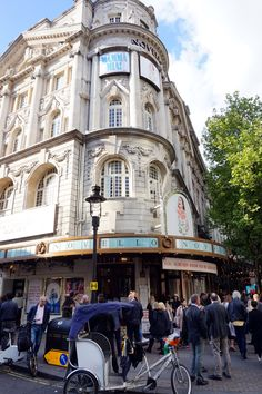 London   Visit London City   Travelling   Must See Travels   Mamma Mia Musical   Jadeyolanda.fi London City, Travelling, Street View, Musicals, Big Ben London, Musical Theatre