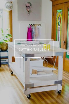 Make the ultimate cutting table for your craft or sewing studio! Use our easy tutorial to make a custom DIY cutting table using basic supplies from Home Depot. Sewing Room Design, Sewing Studio, Sewing Rooms, Sewing Spaces, Table Ikea, Diy Table, Wood Table, Fabric Cutting Table, Sewing Cutting Tables
