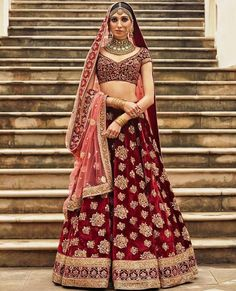 #VelvetLehengasOnline available at Mirraw in affordable price.