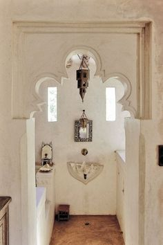 Marie Claire - Lamu Kenya - bohemian decor bohemian interiors bohemian bedroom bathroom swahili stone house mansion ethnic moroccan african 01