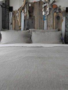 I'm having a bit of a love affair with rough linen lately. This is goregous! #Bedroom #Bed Linens