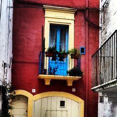 Polignano a Mare (Bari) Apulia, Italy [photo by Luigi Corvaglia]
