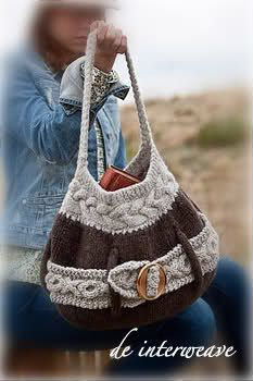 Ravelry: Laporte Avenue Tote pattern by Sharon Dreifuss (She-Knits) Bag Crochet, Crochet Purses, Knitting Accessories, Bag Accessories, Handmade Purses, Tote Pattern, Knitted Bags, Knitting Yarn, Fashion Bags