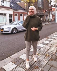 Winter Outfits Hijab Casual Outfits Winter outfits hijab – winter outfits casual, winter outfits cold, winter outfits for teen girls, winter ou … Hajib Fashion, Modern Hijab Fashion, Street Hijab Fashion, Muslim Fashion, Winter Outfits Women, Casual Winter Outfits, Winter Fashion Outfits, Casual Hijab Outfit, Hijab Chic