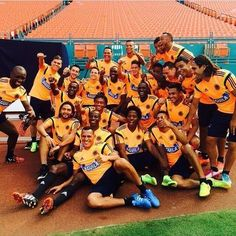 Selección hizo reconocimiento del estadio Sun Life. #FCFMayores se prepara para el duelo ante Brasil.