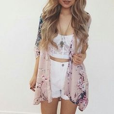 Boho style summer outfit > white crop top and white shorts with sheer floral blouse kimono Teen Fashion Outfits, Girly Outfits, Cute Casual Outfits, Cute Summer Outfits, Simple Outfits, Cute Fashion, Outfits For Teens, Spring Outfits, Fashion Tips