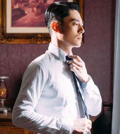 Wallace Hou, Gentleman Style, Chinese, Gentleman, Men Styles, Chinese Language