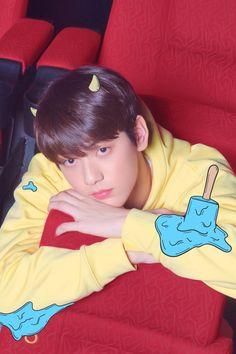 TXT unveil second set of concept photos for the debut album 'The Dream Chapter: Star' Jimin Jungkook, Namjoon, Taemin, Shinee, Big Hit Entertainment Bts, Bambam, Memes Kpop Br, K Pop, Chanyeol