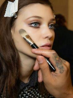 2015 Göz Makyajı Trendi