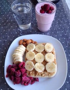 A yummy, healthy breakfast Think Food, I Love Food, Good Food, Yummy Food, Healthy Snacks, Healthy Eating, Healthy Recipes, Clean Eating, Diet Recipes