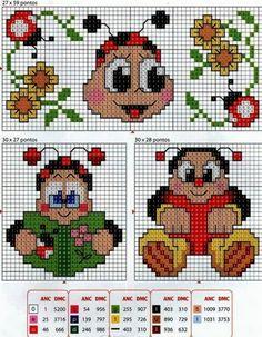 Butterfly Cross Stitch, Cross Stitch Art, Cross Stitch Animals, Cross Stitch Flowers, Cross Stitching, Free Cross Stitch Charts, Disney Cross Stitch Patterns, Perler Bead Emoji, Pixel Crochet Blanket