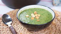 Také siobčas kladete otázku, nacovšechno semražená zelenina dávlastně využít? Poradíme vám. Cotakhle polévka zmraženého špenátu? Ethnic Recipes, Food, Essen, Meals, Yemek, Eten
