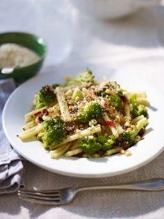 Casarecce with broccoli & anchovies - http://www.jamieoliver.com/recipes/pasta-recipes/casarecce-with-broccoli-anchovies/#G8pfoh32X1oJPwGr.97