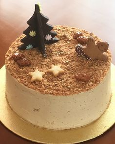 Tarta de Turrón Jijona receta Christmas Bread, Christmas Desserts, Christmas Baking, Desserts Around The World, Just Desserts, Dessert Recipes, Fondant Cakes, Cupcake Cakes, Cake Base Recipe