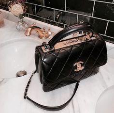 Chanel handbags – High Fashion For Women Cheap Purses, Cheap Handbags, Purses And Handbags, Popular Handbags, Cheap Bags, Trendy Purses, Big Purses, Brown Handbags, Coach Purses
