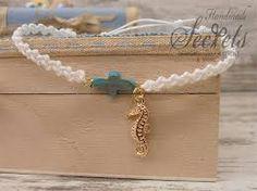 Αποτέλεσμα εικόνας για πλεκτα μαρτυρικα Bracelets, Gold, Jewelry, Fashion, Moda, Jewlery, Jewerly, Fashion Styles, Schmuck