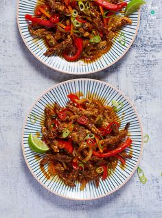 Here's our slimming friendly version of Crispy Chilli Beef! A delicious fakeaway even if you are calorie counting or following a diet like Weight Watchers.
