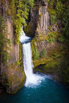 ✯ Toketee Falls