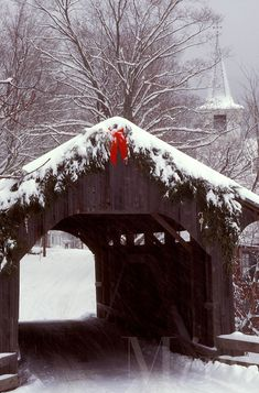 """Church Street Covered Bridge, Vermont    -  If I had a """"BUCKET LIST""""    traveling through a covered bridge in - NEW ENGLAND -  would be on it!!!!"""