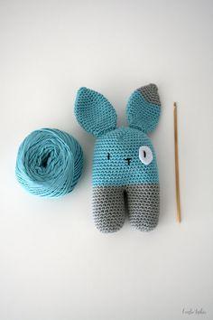 Pure cotton baby rattle bunny baby toy handmade. door larbotriki