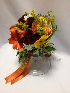 Rich autumn bridal bouquet. #RoseOfSharon