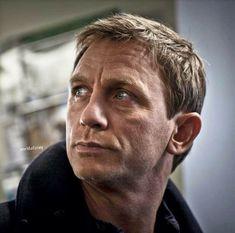 James Bond Characters, Daniel Graig, Daniel Craig James Bond, Best Bond, Aston Martin, Actors, Portrait, People, Men