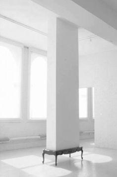 KARYN OLIVIER - Coffee Table (Installation view at Contemporary Art Center, . Instalation Art, Bokashi, Home Decoracion, Deco Originale, Conceptual Art, Interiores Design, Trinidad, Oeuvre D'art, Sculpture Art