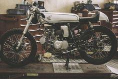 king of honda ss50 remake cafe racer