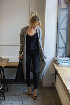 The long cardigan is such a cute fall look! If you find something similar... well, you know... Pri would like that