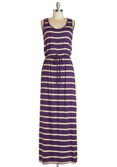 Ensure an easygoing yet elegant look that fits your dynamic schedule with this jersey-knit maxi dress! Cute Maxi Dress, Mod Dress, Cute Dresses, Dress Up, Vertical Striped Dress, Dress Outfits, Fashion Dresses, Retro Vintage Dresses, Casual Summer Dresses