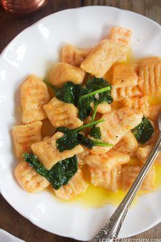 Sweet Potato Gnocchi: Two Ways (Gluten-Free) - Lexi's Clean Kitchen Sweet Potato Gnocchi, Paleo Sweet Potato, Potato Pasta, Paleo Recipes, Real Food Recipes, Cooking Recipes, Clean Eating Recipes, Healthy Eating, Lexi's Clean Kitchen