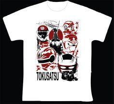 """Tokusatsu R$ 35,00 + frete Todas as cores Personalizamos e estampamos a sua ideia: imagem, frase ou logo preferido. Arte final. Telas sob encomenda. Estampas de/em camisas masculinas e femininas (e outros materiais). Fornecemos as camisas ou estampamos a sua própria. Envie a sua ideia ou escolha uma das """"nossas"""".... Blog: http://knupsilk.blogspot.com.br/ Pagina facebook: https://www.facebook.com/pages/KnupSilk-EstampariaSerigrafia/827832813899935?pnref=lhc https://twitter.com/KnupSilk"""