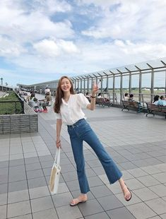 채버블 chaebubble fashion street style korean spring summer cute - New Ideas Street Style Korea, Korean Summer Outfits, Korean Fashion Summer Street Styles, Cute Korean Fashion, Korean Fashion Ulzzang, Korean Fashion Winter, Cool Summer Outfits, Korean Fashion Trends, Korea Fashion