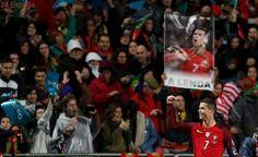 El mejor Cristiano Ronaldo da aire a Portugal con un doblete