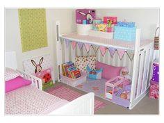 Quand bébé grandit , souvent nous ne savons pas quoi faire du lit, ou de son berceau. Alors pourquoi ne pas le transformer en bureau, en charette ou en bien d'autres choses.