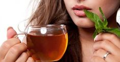 Detox teas are fairly popular and heavily promoted on social media. But, what about Fit Tea? Does Fit Tea work and can it help you lose weight? Weight Loss Tea, Weight Loss Drinks, Weight Loss Smoothies, Lose Weight, Types Of Tea, Tea Benefits, Health Benefits, Green Tea Extract, Best Tea