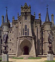 """Gaudi:""""Palacio Episcopal de Astorga ( León)"""" 1889-1915                                                                                                                                                                                 Más"""