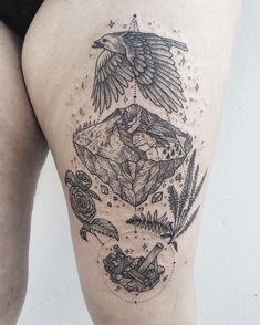 Earth half of land and water pair, featuring Mt. Hood, crow, camellia, fern, and tourmaline! Thanks Tara! ✨