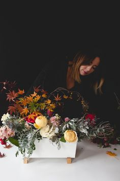 a holiday centerpiece DIY from cjp & co for coco+kelley