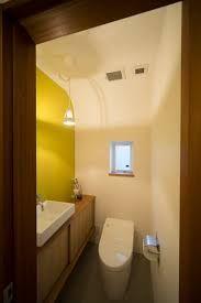 「トイレ 壁 黄色」の画像検索結果