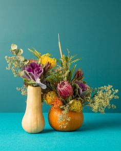 This DIY Thanksgiving centerpiece is simply 'gourd'-geous. (we couldn't resist)