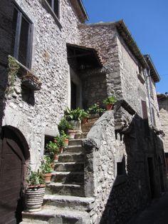 Vico nel Lazio, scorcio - foto di RomeSnowShower
