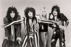 motley crue  : theatre of  pain