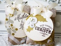 Mistletoe & Holly Treat Bags by Melissa Phillips for Papertrey Ink (September 2012)