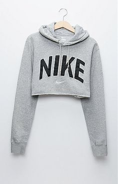A PacSun.com Online Exclusive! The women's Nike Gray Pullover;Hoodie by Retro Gold for PacSun.com features a super soft construction and cropped cut. Wear this vintage;hoodie with our high waisted bottoms for a sporty look! Vintage items may not be 100% free of minor defects, as they have been loved before.