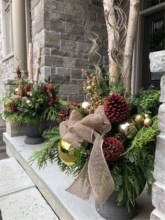 Amazing Front Porch Christmas Decorating Ideas, Winter pots, Christmas Decor Outdoor,Christmas Outdoor Container, Source by texassuggie Outdoor Christmas Planters, Christmas Urns, Outdoor Christmas Decorations, Christmas Home, Christmas Wreaths, Christmas Crafts, Holiday Decor, Christmas Porch Decorations, Outdoor Pots