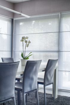 https://i.pinimg.com/236x/4b/08/d7/4b08d7e2c1dff8ce439d8e6e9c1c636e--wallpaper-designs-design-interiors.jpg